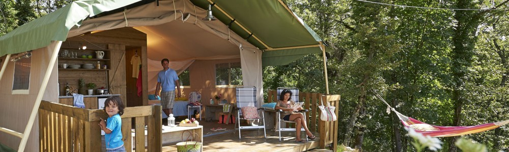 Glamping in een safaritent of lodgetent